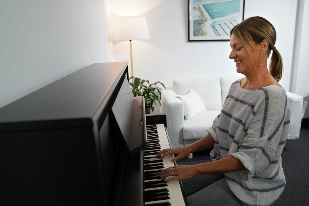 learn to play the piano in Palm Beach, FL